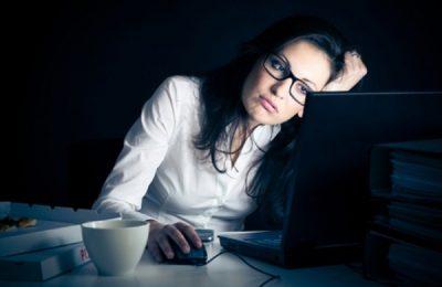 Thức khuya gây bệnh gan